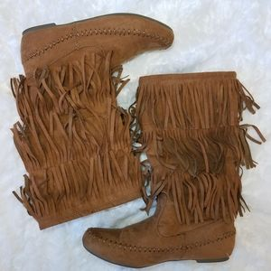 Arizona Suede Tassel Boots